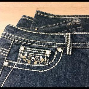 EUC Style & Co women's premium boot cut jeans